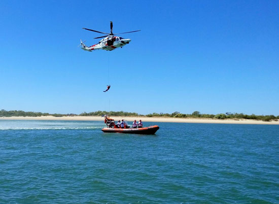 Imagen de un ejercicio de Salvamento Marítimo.