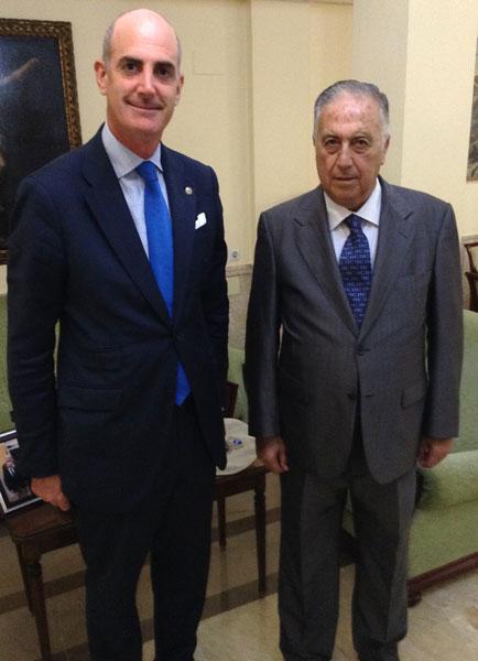 Ignacio de Cossío con Enrique Pérez Viguera.