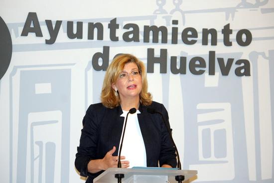 La representante popular, Berta Centeno, durante una rueda de prensa.