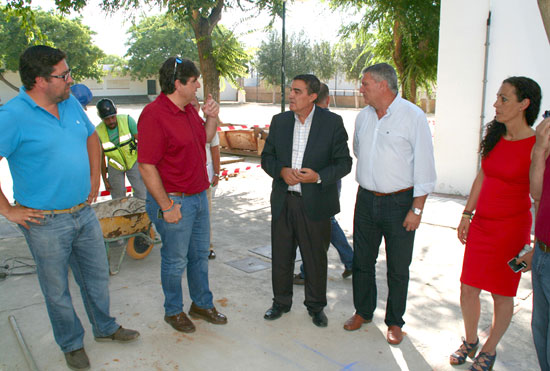 Imagen de la visita al CEIP Díaz Hachero.