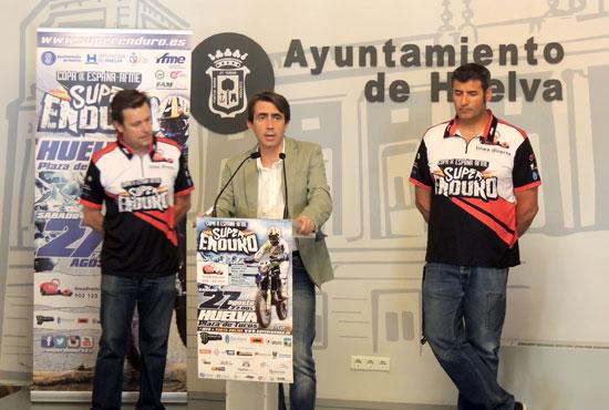 El concejal del Área de Deportes en el Ayuntamiento de Huelva, Antonio Ramos, presentó en la jornada de ayer el evento en rueda de prensa.