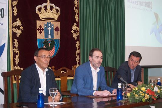 Imagen del quinto encuentro de participación del Plan Estratégico de la Provincia celebrado en la localidad de Villalba del Alcor.