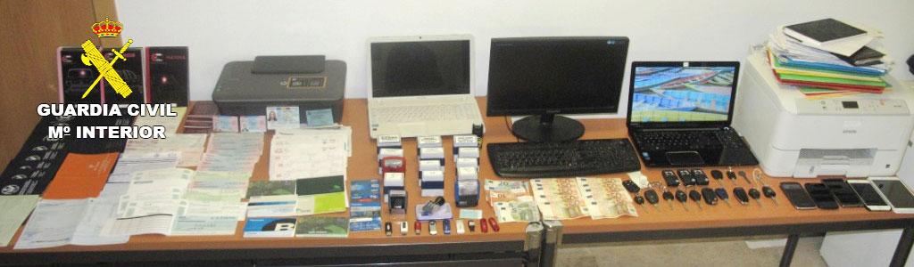 Imagen de los objetos intervenidos en la operación.