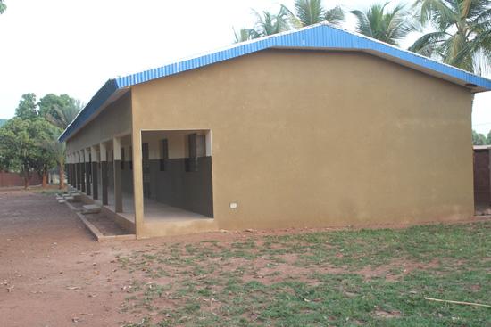 Imagen de una escuela en Costa de Marfil.