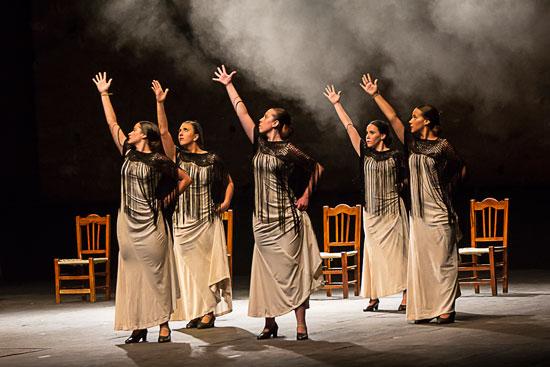 Actuación de la Escuela de danza 'Isa Cantos' de Niebla.