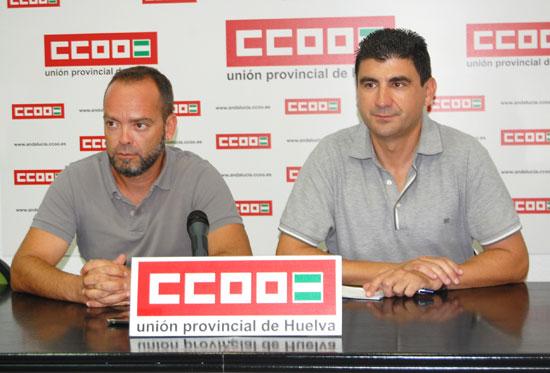 Damián García junto a Emilio Fernández en rueda de prensa.