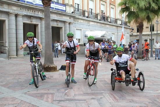 Imagen de los cuatro deportistas onubenses participantes en el reto 'Andalucía 7 Desafíos'.