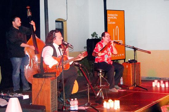 Los músicos llenaron de música blues la noche del pasado sábado en Mazagón