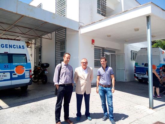 El delegado territorial de Igualdad, Salud y Políticas Sociales, Rafael López, visitó en la jornada de ayer el centro de salud de la localidad de Punta Umbría.