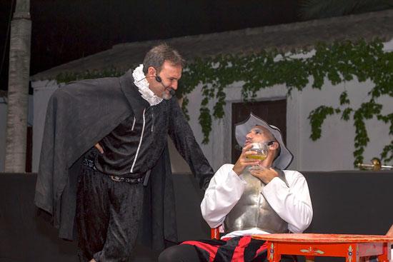 Imagen de la representación teatral de la obra 'Las estrellas de Colón. Una noche diferente'.