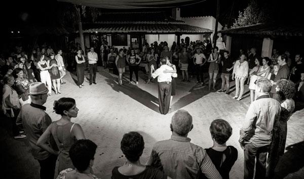 Noche dedicada al tango.