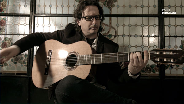 Imagen del guitarrista onubense Paco Cruzado.