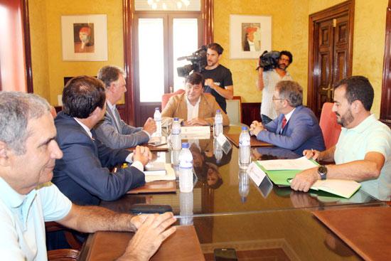 Imagen de la reunión celebrada en el día de ayer.