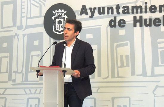 Antonio Ramos durante la rueda de prensa sobre la presentación de la actividad.