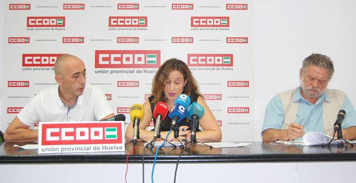 Imagen de los representantes sindicales en rueda de prensa.