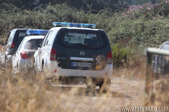 Imagen de patrullas de la Guardia Civil en la zona.
