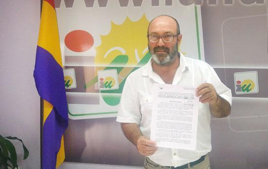 """El Coordinador Provincial de Izquierda Unida en Huelva, Pedro Jiménez con la iniciativa """"Salvemos Doñana"""""""