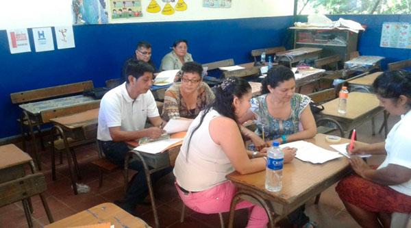 Actividad de trabajo con los equipos docentes.