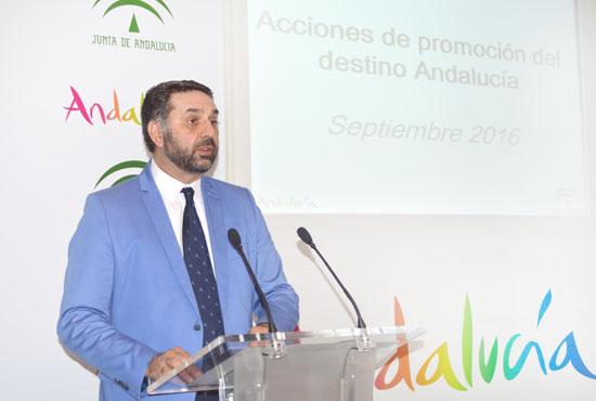 Francisco Javier Fernández durante su intervención.