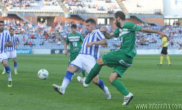 Imagen de la primera vuelta entre el Recreativo de Huelva y el Atlético Mancha Real.