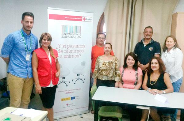 Participantes en el Proyecto Alianzas de Cruz Roja Huelva y Leroy Merlin.