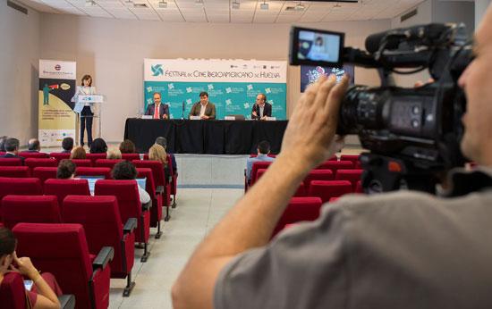 Imagen de la rueda de prensa en la Casa Colón.