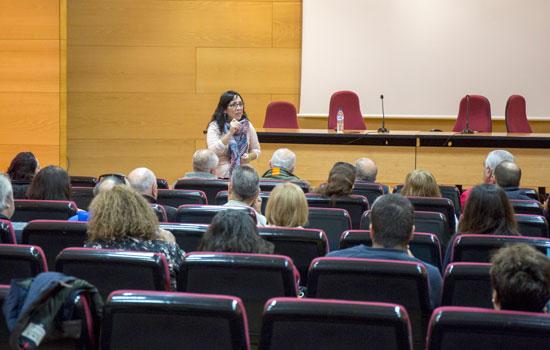 Alicia Narciso durante su intervención en el Curso de Acreditación para la realización de Informes Sociales