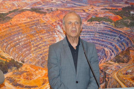 Manuel Banda durante la presentación de la obra.