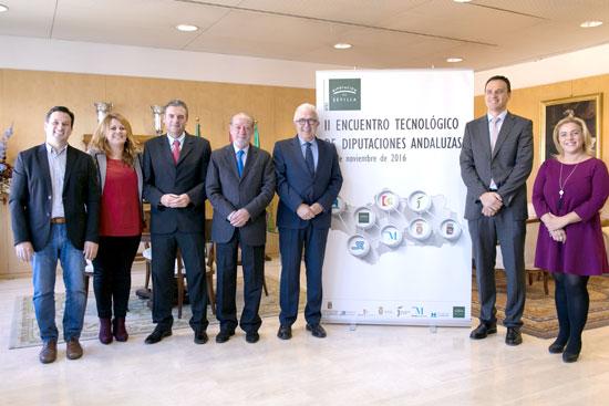 Asistentes al II Encuentro Tecnológico de Diputaciones Andaluzas celebrado en Sevilla