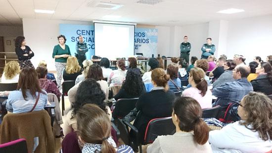 """Imagen de una de las sesiones del programa """"Comprende y educa""""."""