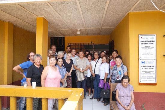 Imagen de la visita de Ignacio Carballo a Puerto Maldonado.