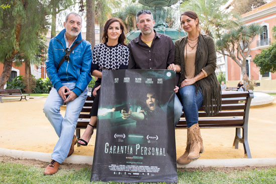 En la imagen aparecen, de izquierda a derecha, el actor Valentín Paredes, la actriz Belén López, el director Rodrigo Rivas y la actriz Raquel Infante.