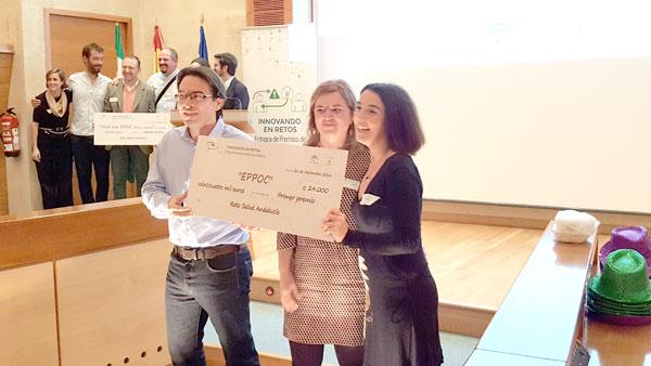 Inmaculada Mesa durante la entrega del premio.