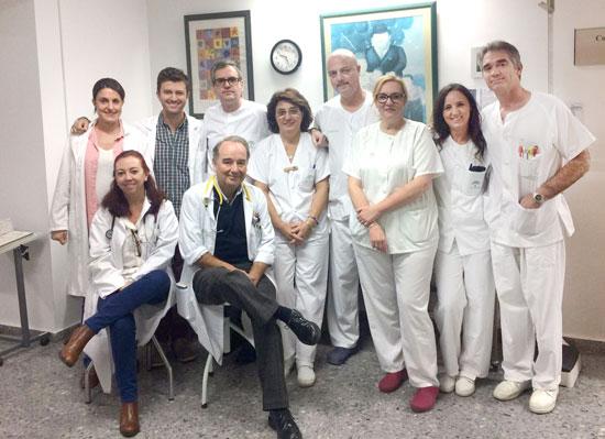 En la imagen, algunos de los profesionales que integran la Unidad de Enfermedad Infecciosas del Complejo Hospitalario Universitario de Huelva.