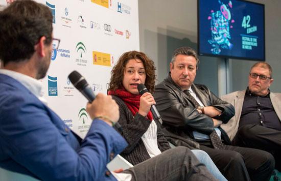 La película ha sido presentada esta mañana en Huelva por su directora, Lucía Carreras, el productor Rogelio Delgado, y José Antonio del Saz, director de Emisiones y Programación de Canal Sur Televisión, que participa en la producción.