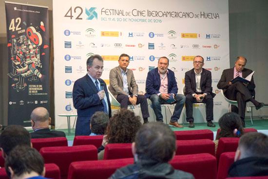 Carlos Antón, director del Foro Egeda-Fipca, durante su intervención.