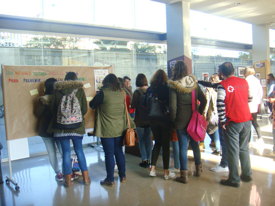 Imagen de la campaña de Cruz Roja en la Universidad de Huelva.