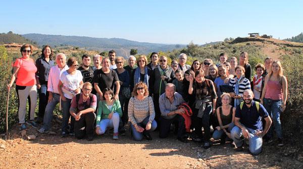 Foto de familia de los participantes en la actividad.