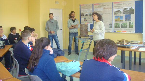 Imagen del taller sobre dendrocronología.