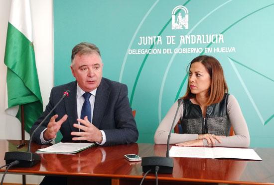 Francisco José Romero y María José Bejarano en rueda de prensa.