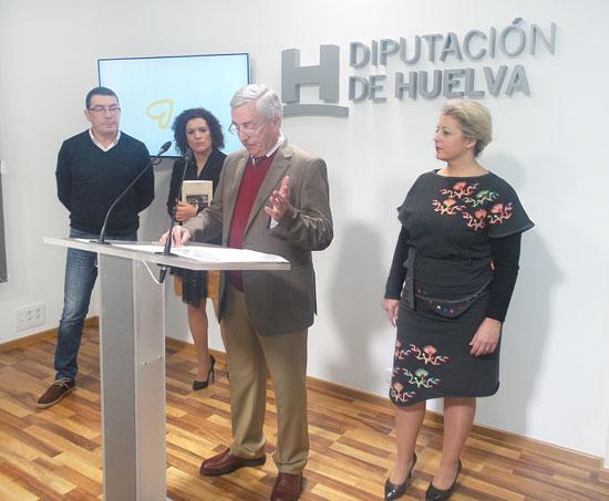 Joaquín Soteras durante el acto de presentación de a obra en la Diputación de Huelva.