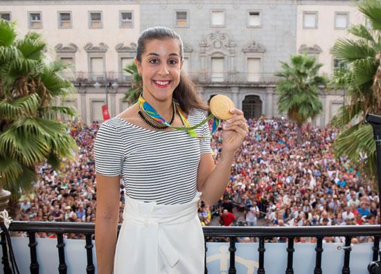 Carolina Marín, durante una recepción en el Ayuntamiento de Huelva tras haber conseguido la medalla de oro en los Juegos Olímpicos de Río 2016.