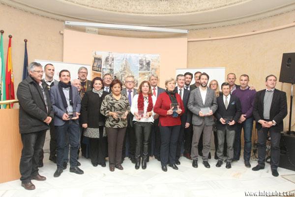 Foto de familia de los XII Premios al Valor Social de la Fundación Cepsa.