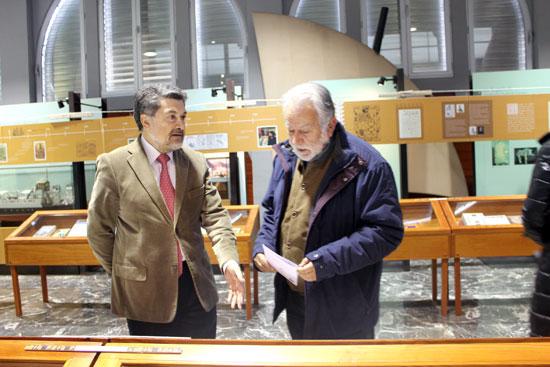 Javier Barrero y Jaime de Vicente durante la inauguración de la muestra.