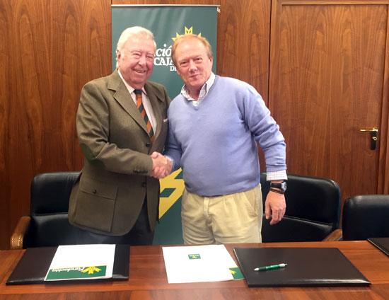 José Luis García Palacios y Francisco Sánchez Pro tras la firma del acuerdo de colaboración.