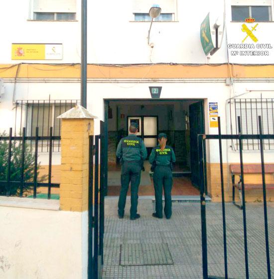 Dos agentes de la Guardia Civil en una imagen de archivo.