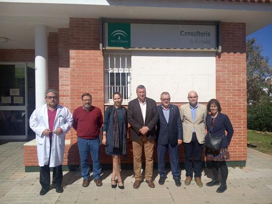 Imagen de la visita de Rafael López al centro.