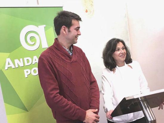 Joaquín Bellido y Maribel Peinado en rueda de prensa.