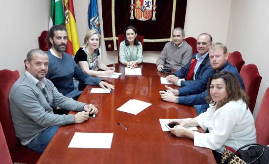 Imagen de los asistentes a la reunión.