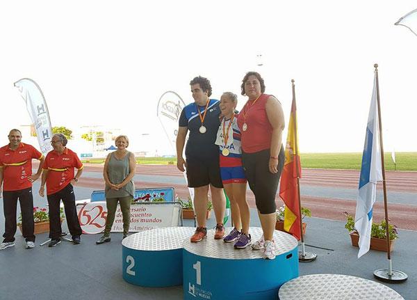 """Marina Rodríguez Ferrera, en podium del Estadio Iberoamericano de Atletismo """"Emilio Martín"""""""